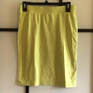 Uniqlo Light Green Pencil Skirt Size Medium